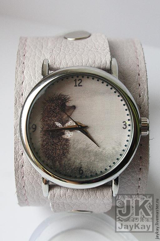 """Часы ручной работы. Ярмарка Мастеров - ручная работа. Купить Часы наручные JK """"Ежик в тумане в кремовом"""". Handmade. Часы"""