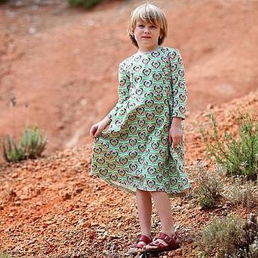 Работы для детей, ручной работы. Ярмарка Мастеров - ручная работа Платье детское Зеленый орнамент для девочки вельветовое длинное. Handmade.