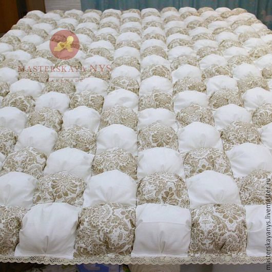 Текстиль, ковры ручной работы. Ярмарка Мастеров - ручная работа. Купить Большое бежево-белое бомбон одеяло/покрывало для двуспальной кровате. Handmade.