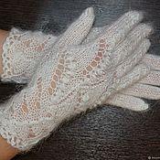 Аксессуары handmade. Livemaster - original item Gloves down women`s beautiful knit openwork white 100% goat down. Handmade.