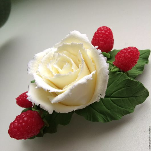 Заколки ручной работы. Ярмарка Мастеров - ручная работа. Купить Заколка- автомат с розочкой и ягодками малинки.. Handmade. Комбинированный