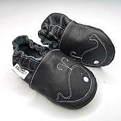 Работы для детей, handmade. Livemaster - original item Black baby shoes, Leather Baby Slippers, Soft sole baby shoes. Handmade.
