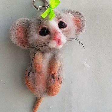 """Сувениры и подарки ручной работы. Ярмарка Мастеров - ручная работа Брелок """"Мышка Соня""""- ручная работа из шерсти. Handmade."""