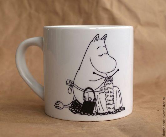 """Кружки и чашки ручной работы. Ярмарка Мастеров - ручная работа. Купить Чашка  """"Муми-мама"""". Handmade. Чёрно-белый, мумики"""