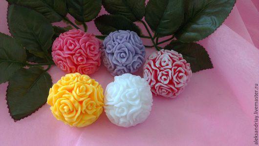 """Мыло ручной работы. Ярмарка Мастеров - ручная работа. Купить """"Шар из роз""""мыло ручной работы. Handmade. Разноцветный, косметические отдушки"""