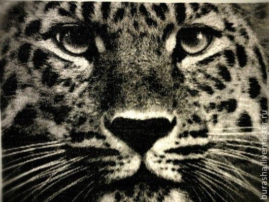 """Животные ручной работы. Ярмарка Мастеров - ручная работа. Купить Картина вышитая крестом Леопард"""". Handmade. Чёрно-белый"""