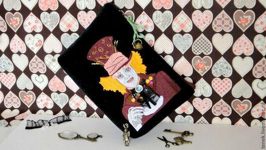 Женские сумки ручной работы. Ярмарка Мастеров - ручная работа. Купить Клатч Безумный Шляпник Женская косметичка черная Алиса в стране чудес. Handmade.