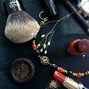 Браслет из бусин ручной работы. Ярмарка Мастеров - ручная работа Браслет из  коралла с черным агатом. Handmade.