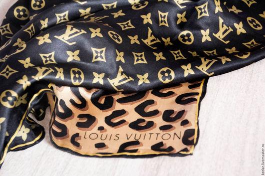 """Шали, палантины ручной работы. Ярмарка Мастеров - ручная работа. Купить Шёлковый платок  """"Leopard and Monogram"""" черный ткани Италия. Handmade."""