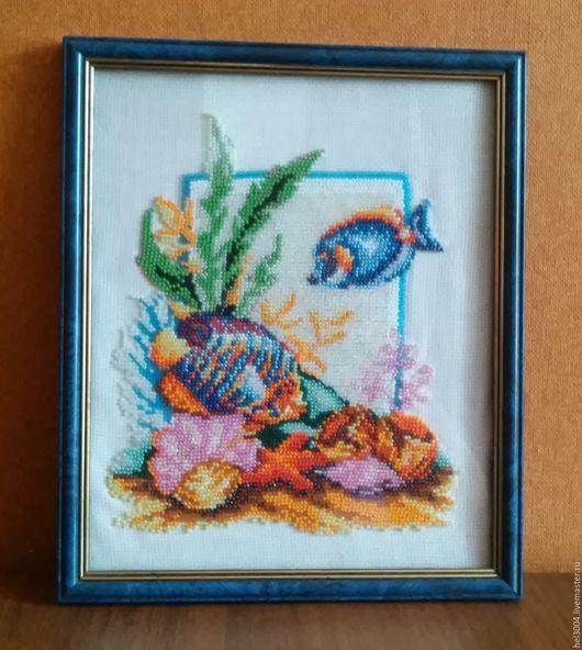 Пейзаж ручной работы. Ярмарка Мастеров - ручная работа. Купить Картина из бисера В голубом море. Handmade. Подарок, рыбки