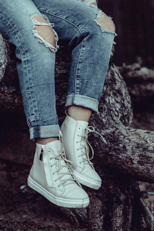 Обувь ручной работы. Ярмарка Мастеров - ручная работа. Купить Кеды Veneta. Handmade. Бежевый, спортивная обувь