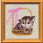 """Схемы для вышивки ручной работы. Ярмарка Мастеров - ручная работа Набор для вышивания Риолис """"Котенок в корзинке"""". Handmade."""