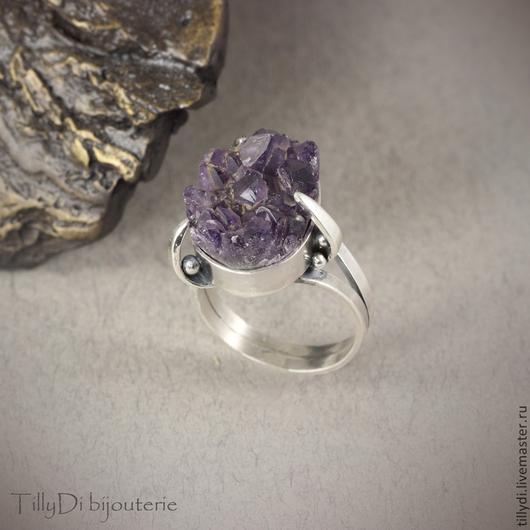 Кольца ручной работы. Ярмарка Мастеров - ручная работа. Купить Серебряное кольцо с друзой аметиста Лепестки. Handmade. Фиолетовый, перстень