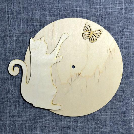 ЧЗ-044. Заготовка для часов `Кошка с бабочкой`.