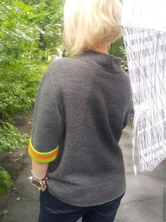 """Кофты и свитера ручной работы. Ярмарка Мастеров - ручная работа. Купить Вязаный пуловер """"Цветовой акцент на оригинальность"""". Handmade. Белый"""