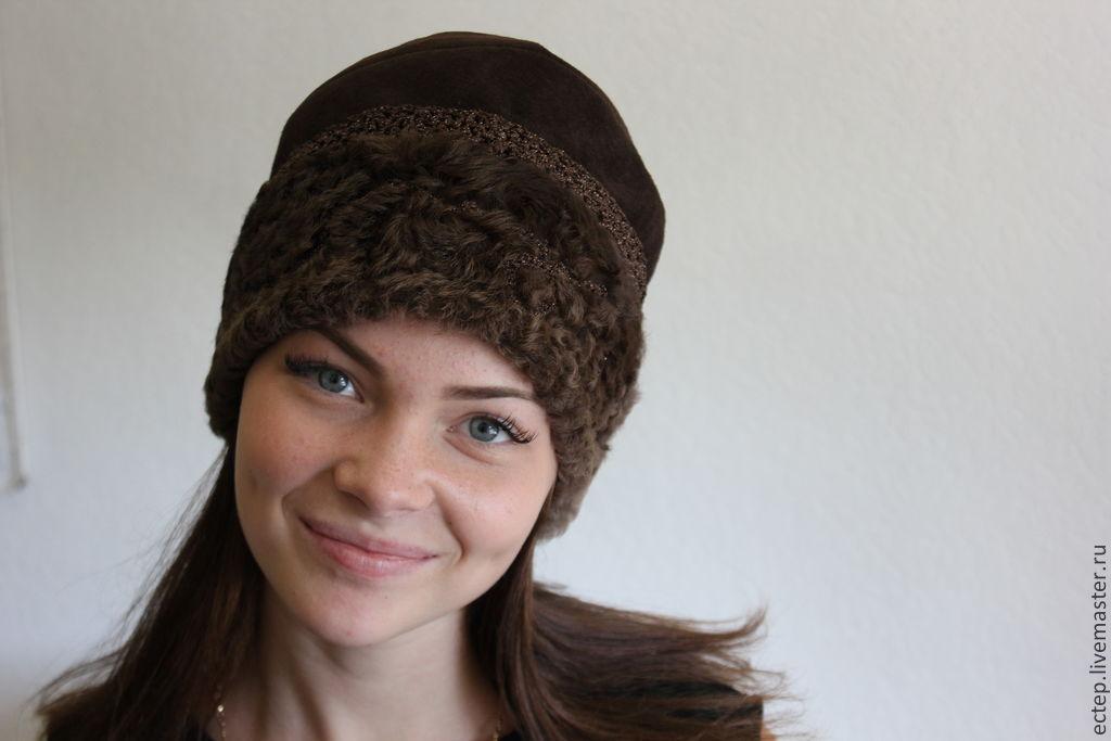 Как сделать бомбошку на шапку из меха видео