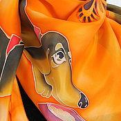 """Аксессуары ручной работы. Ярмарка Мастеров - ручная работа Платок """"Кодекс таксы"""". Оранжевый .Батик. Handmade."""