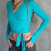 Одежда ручной работы. Ярмарка Мастеров - ручная работа Трикотажный голубой топ-Перчатка с длинным рукавом на запахе. Handmade.