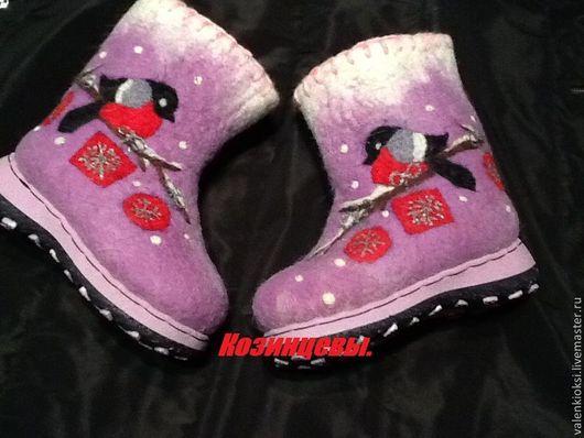 """Детская обувь ручной работы. Ярмарка Мастеров - ручная работа. Купить Валенки детские""""снегири 2"""". Handmade. Рисунок, валенки на подошве"""