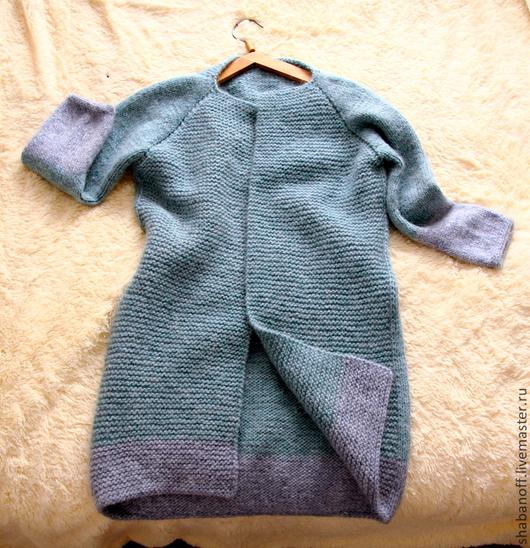 """Верхняя одежда ручной работы. Ярмарка Мастеров - ручная работа. Купить Пальто """"Весеннее"""". Handmade. Голубой, ручная вязка, лопи"""