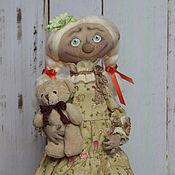 Куклы и игрушки ручной работы. Ярмарка Мастеров - ручная работа Пронечка с мишкой. Handmade.