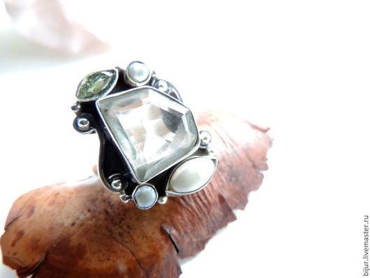 Кольца ручной работы. Ярмарка Мастеров - ручная работа. Купить Серебряное Кольцо с зеленым аметистом, титаниум и жемчугом. Handmade.
