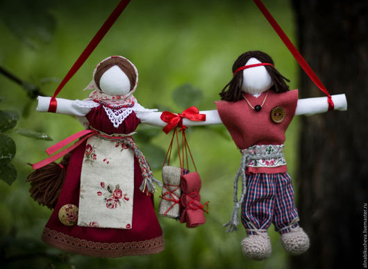 """Народные куклы ручной работы. Ярмарка Мастеров - ручная работа. Купить Кукла-оберег """"Неразлучники"""". Handmade. Бордовый, славянская кукла"""