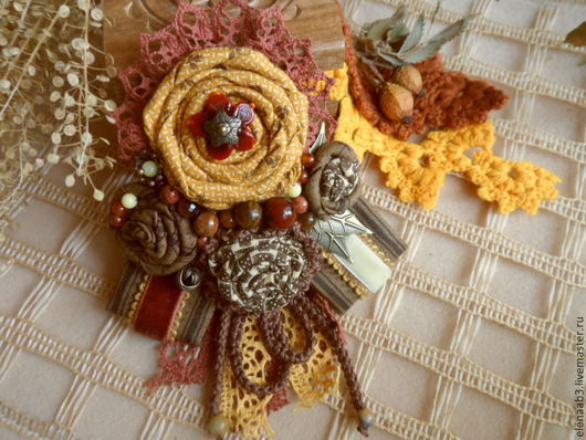 """Броши ручной работы. Ярмарка Мастеров - ручная работа. Купить Брошь""""Осенняя"""". Handmade. Рыжий, брошка, бархатная лента"""