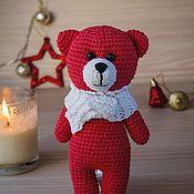 Мягкие игрушки ручной работы. Ярмарка Мастеров - ручная работа Красный мишутка в белом шарфе. Handmade.
