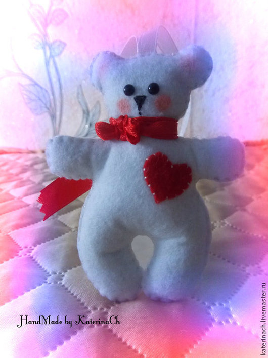 """Подарки для влюбленных ручной работы. Ярмарка Мастеров - ручная работа. Купить """"Мишка с сердцем"""" из фетра. Handmade. Фетр, игрушка из фетра"""