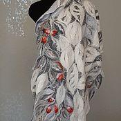 Аксессуары handmade. Livemaster - original item Felted stole on silk Winter berries, thin felted stole. Handmade.