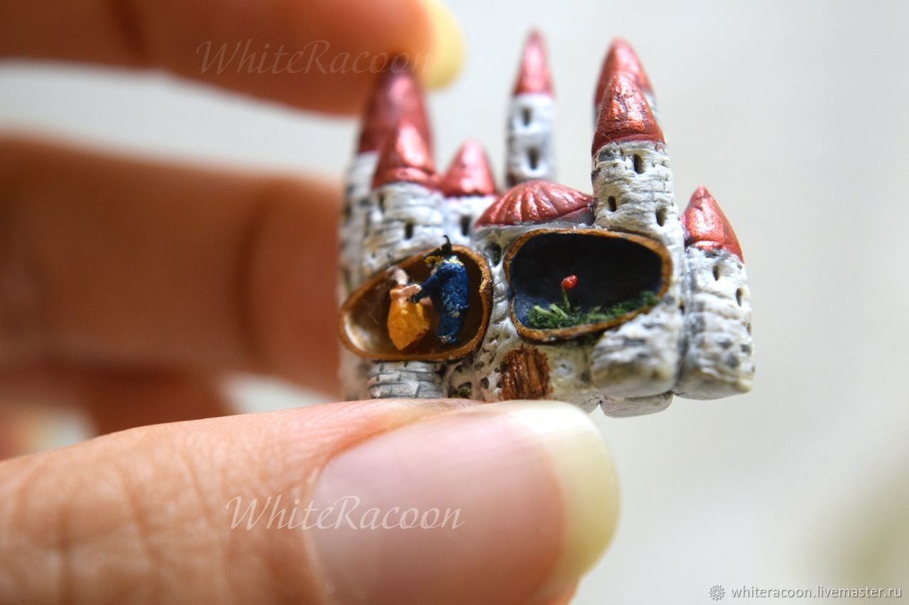 Micro miniature in pine nut: Beauty and the Beast, Model, Moscow,  Фото №1