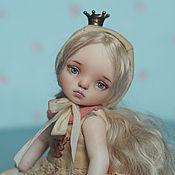 Куклы и игрушки ручной работы. Ярмарка Мастеров - ручная работа Эмми, маленькая принцесса, фарфоровая шарнирная кукла. Handmade.