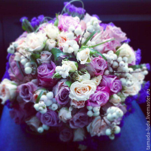 Сиреневый букет цветов невесты фото 12