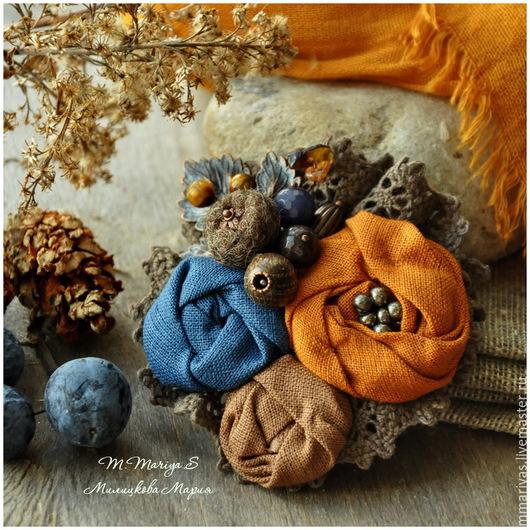 """Броши ручной работы. Ярмарка Мастеров - ручная работа. Купить Брошь """"Ранняя Осень"""". Handmade. Брошь, серый, цветы, ткань"""