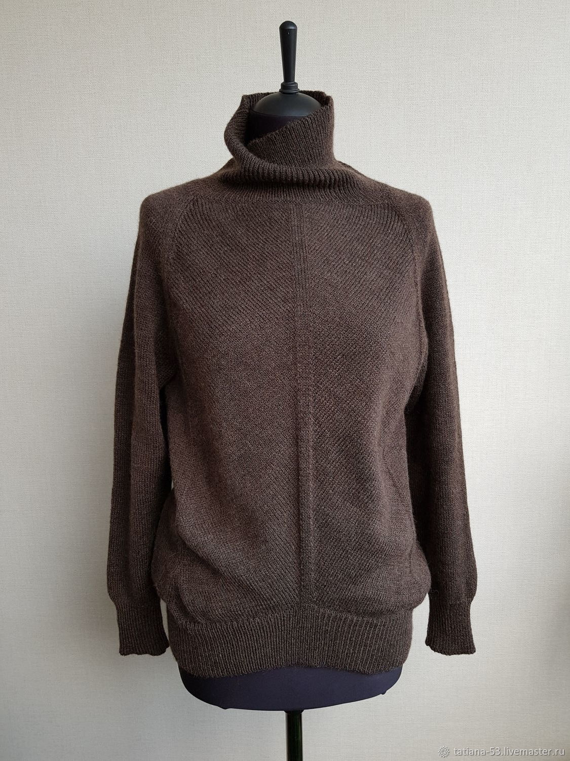 Brown loose-fitting sweater with Raglan sleeves and high collar, Sweaters, Moscow,  Фото №1