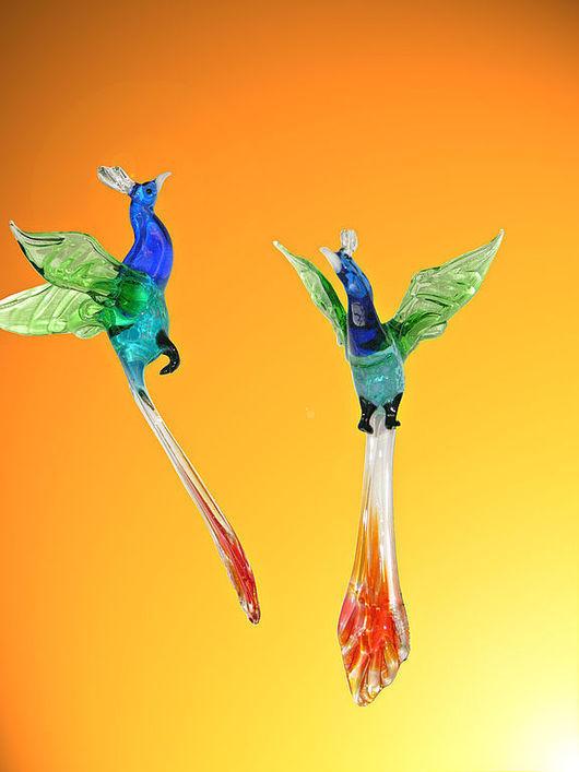 Элементы интерьера ручной работы. Ярмарка Мастеров - ручная работа. Купить Интерьерное подвесное украшение из цветного стекла птица Павлин Kibir. Handmade.