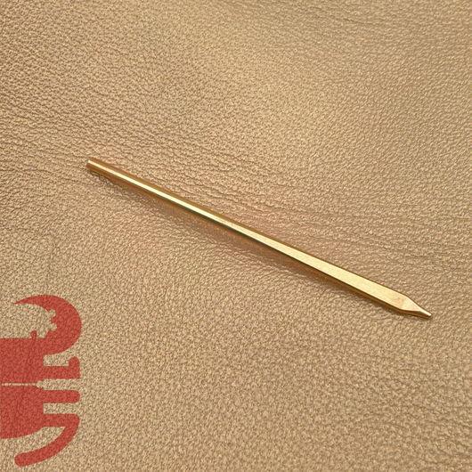 Другие виды рукоделия ручной работы. Ярмарка Мастеров - ручная работа. Купить Игла для шитья кожаным шнуром. Handmade.