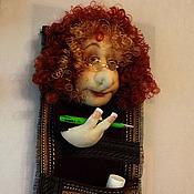 Для дома и интерьера ручной работы. Ярмарка Мастеров - ручная работа Текстильная кукла Магдалина-держатель для газет. Handmade.