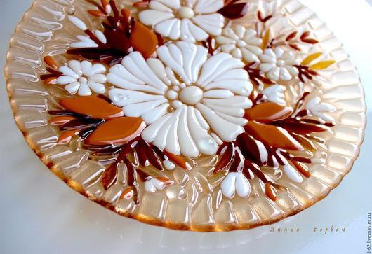 Тарелки ручной работы. Ярмарка Мастеров - ручная работа. Купить блюдо из стекла, фьюзинг  Зимний букет. Handmade. Бежевый, посуда