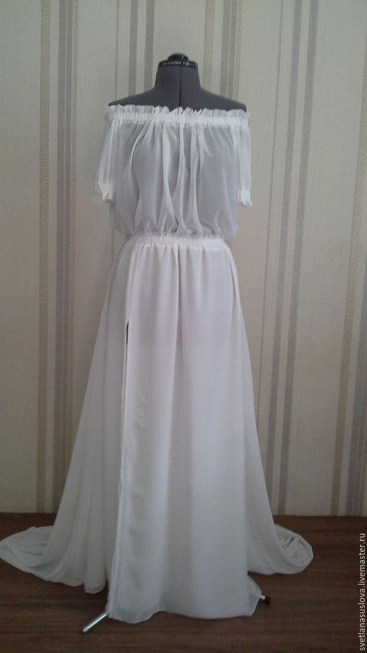 """Платья ручной работы. Ярмарка Мастеров - ручная работа. Купить Платье """"Белый шёлк""""  с разрезом. Handmade. Однотонный, Платье из шелка"""