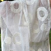 """Аксессуары ручной работы. Ярмарка Мастеров - ручная работа Шарф валяный """"Лёгкость белого"""". Handmade."""