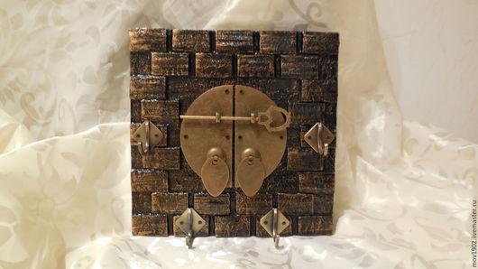 """Прихожая ручной работы. Ярмарка Мастеров - ручная работа. Купить Ключница настенная """"Дом на замке..."""". Handmade. Ключница настенная"""