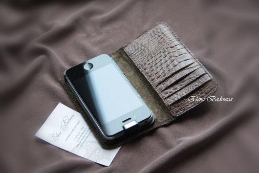 """Для телефонов ручной работы. Ярмарка Мастеров - ручная работа. Купить Чехол для iPhone """"Крокодил"""" коричневый. Handmade. Коричневый"""