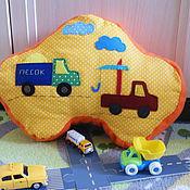 Для дома и интерьера ручной работы. Ярмарка Мастеров - ручная работа подушка-игрушка машинка. Handmade.