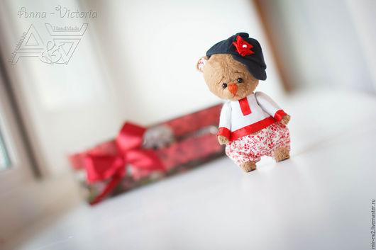 Мишка Иван  из серии `мишки Тедди`. 9 см. Мир Voobrazharium