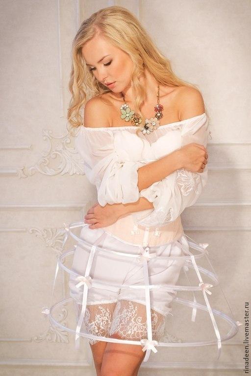 Блузки ручной работы. Ярмарка Мастеров - ручная работа. Купить Блузка шелковая с вышивкой. Handmade. Белый, вышитая блузка, блуза