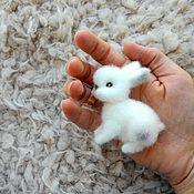 Украшения ручной работы. Ярмарка Мастеров - ручная работа Брошь МИ-ми кролик. Handmade.