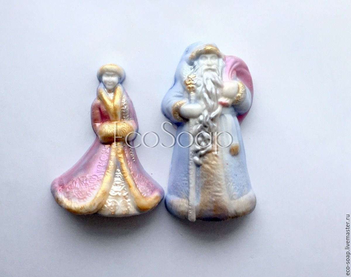 Новогоднее мыло. Набор мыла ручной работы `Дед Мороз и Снегурочка`. Набор новогоднего мыла. Новогодний набор. Купить подарок на Новый Год.
