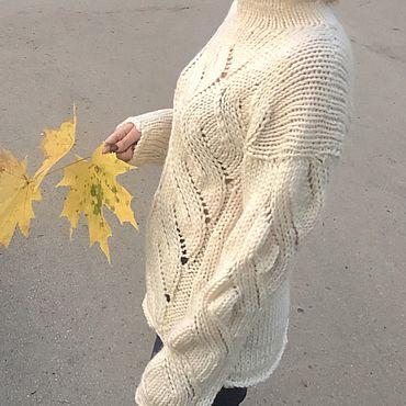 Одежда ручной работы. Ярмарка Мастеров - ручная работа Тёплый объемный свитер с косами. Handmade.